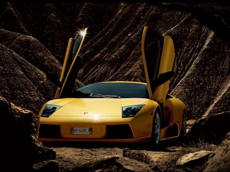This picture is a liar... a Lambo has never once been off a paved road.